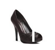 Lulu Townsend Gretchen Pump