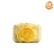 Lulu Townsend Flower Front Clutch