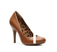 Jessica Simpson Oscar Leather Pump