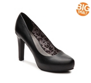 G by GUESS Lizia Platform Pump