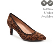Naturalizer Oath Pump