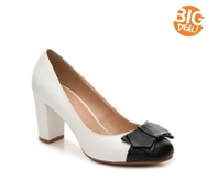Journee Collection Tash Pump