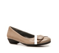 Naturalizer Hasten Flat
