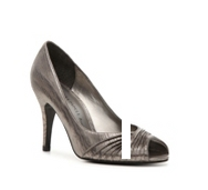 Adrianna Papell Boutique Grand Metallic Pump