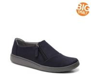 Clarks Penwick Molto Nubuck Slip-On Sneaker