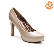 G by GUESS Lizia Patent Platform Pump
