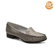 AK Anne Klein Vama Shimmer Loafer