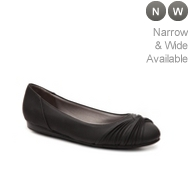 LifeStride Notorious Textured Ballet Flat