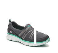 Skechers Synergy Scene Stealer Slip-On Sneaker - Womens