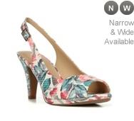 Naturalizer Indeed Sandal