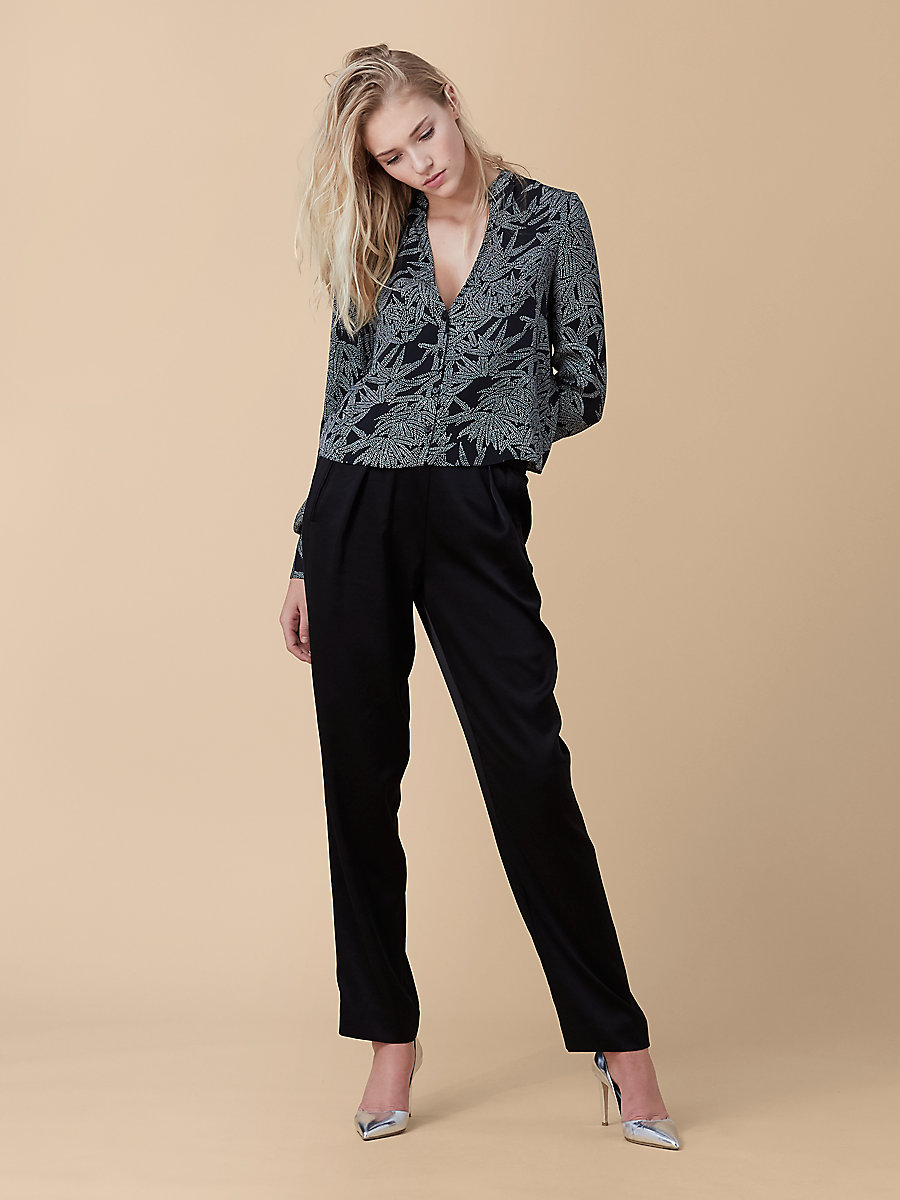 V-Neck Shirt in Lepic Black/ Ferma by DVF