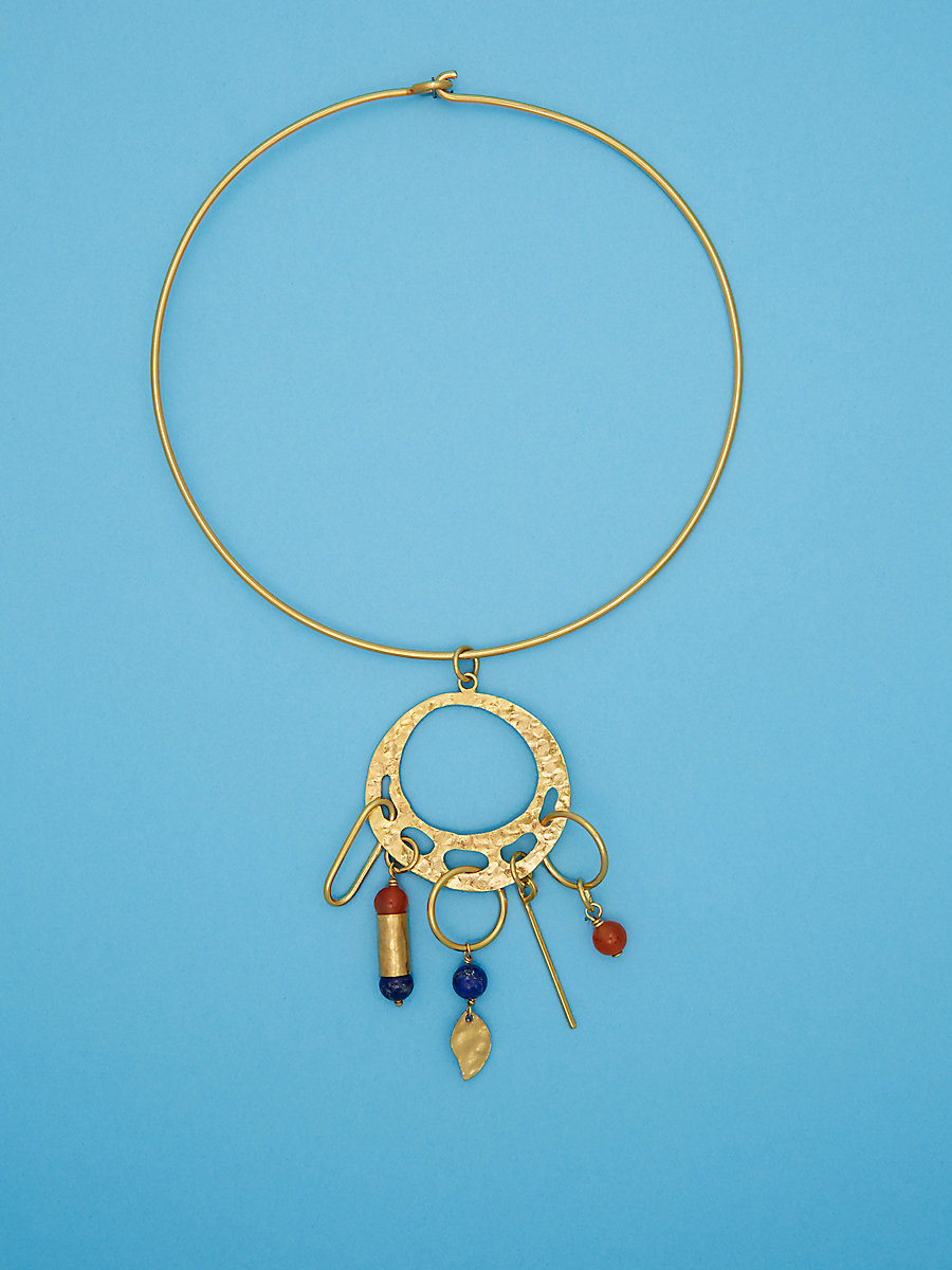 Hammered Gold and Stone Choker in Aventurine/carnelian by DVF