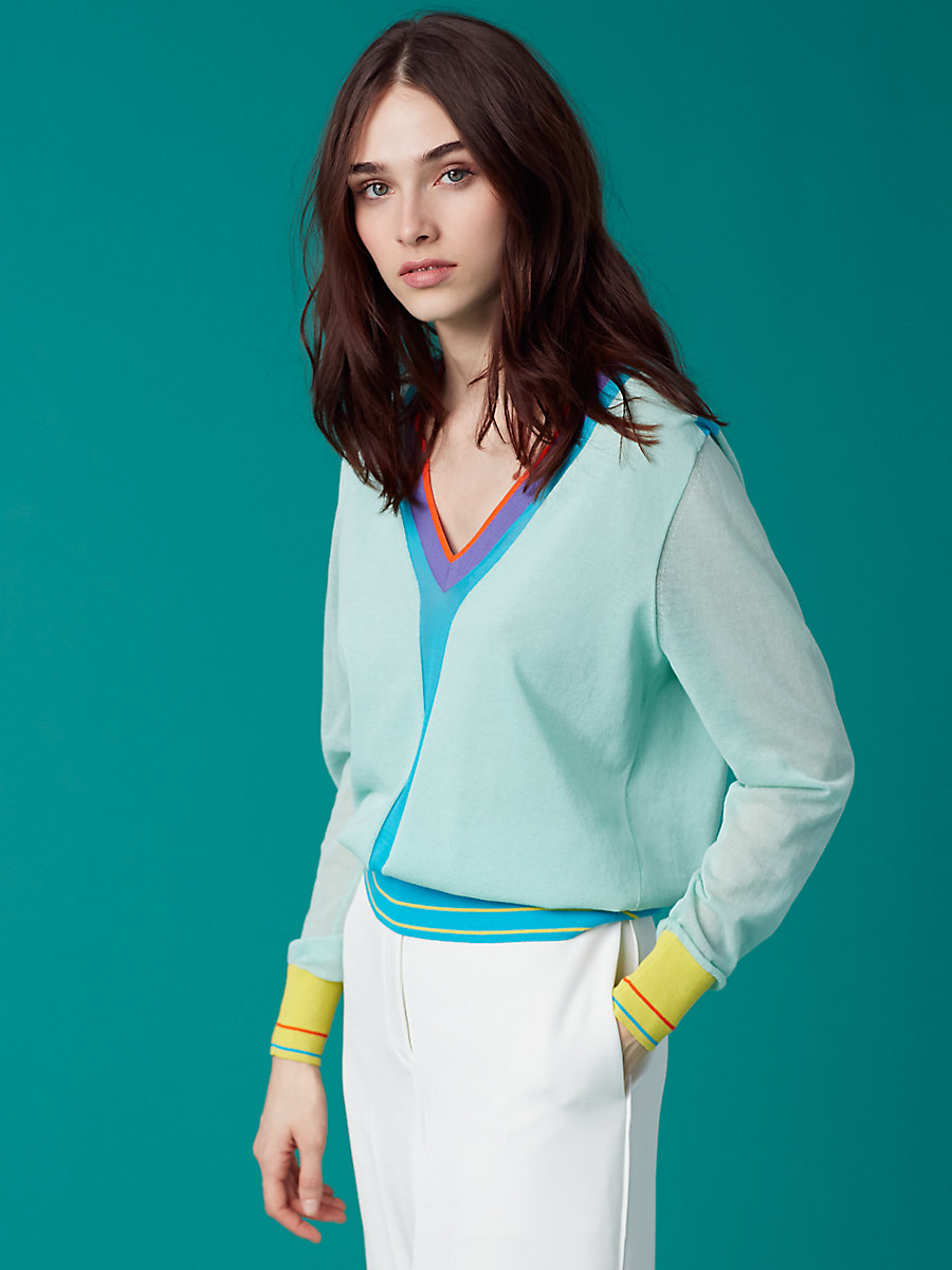 V-Neck Knit Pull Over in Aqua Combo by DVF