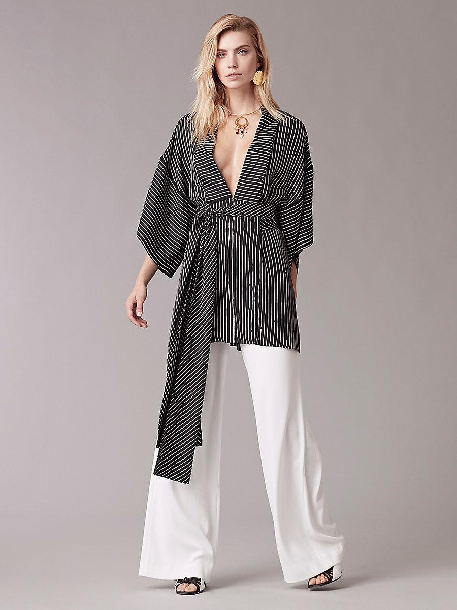 Short-Sleeve V-Neck Tie Front Blouse in Larson Black/black by DVF