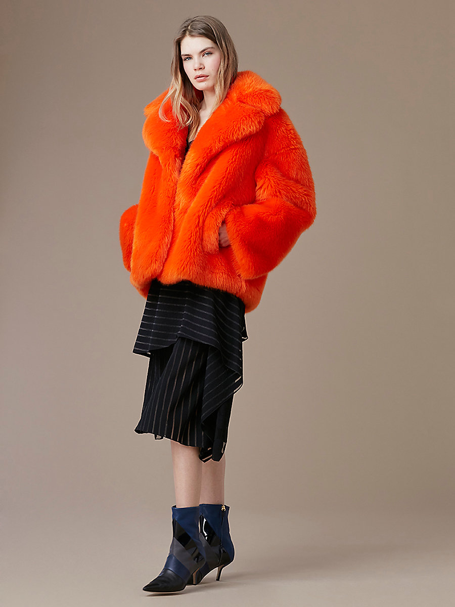 【先行予約 9月下旬お届け予定】Faux Fur Collared Jacket in Orange by DVF