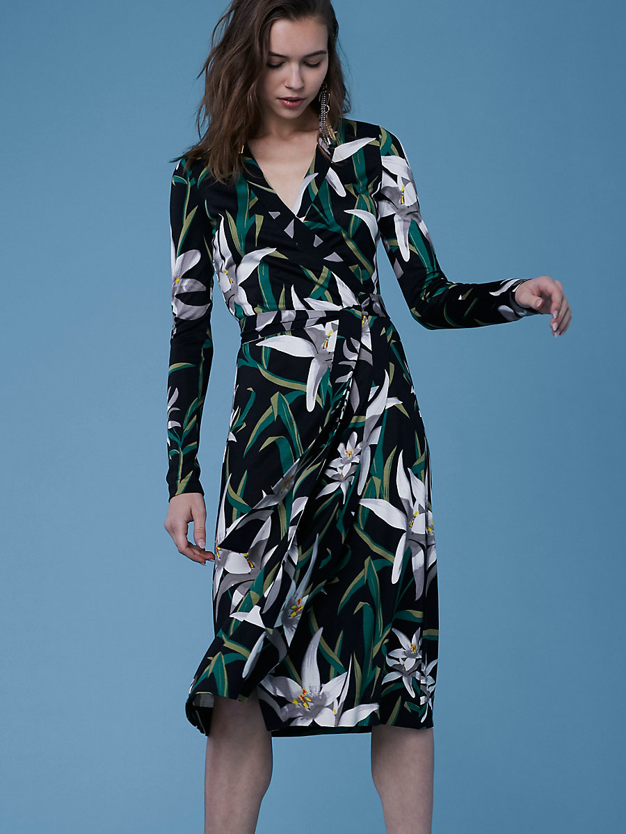 Long-Sleeve Cybil Banded Dress in Harlow Black by DVF