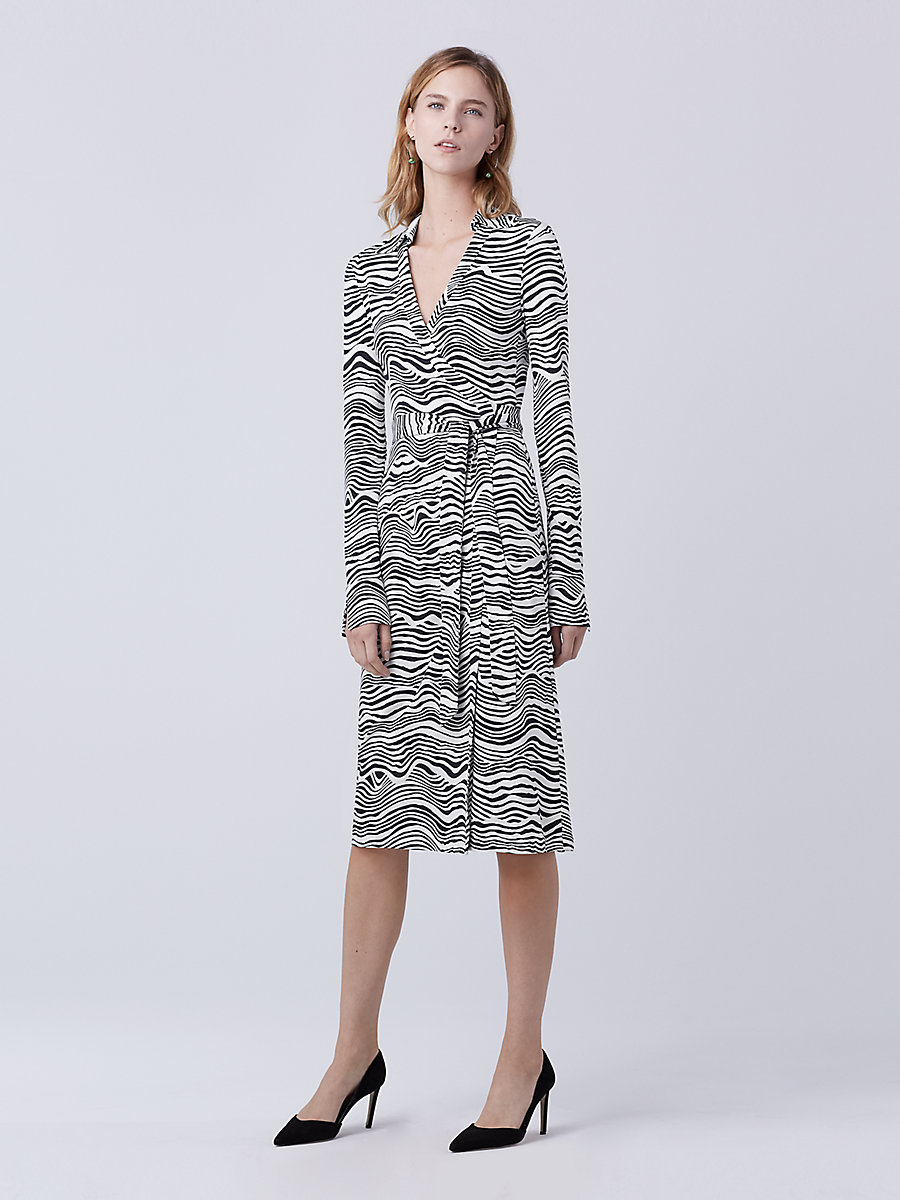 New Jeanne Two Wrap Dress in Wave Deep Night by DVF