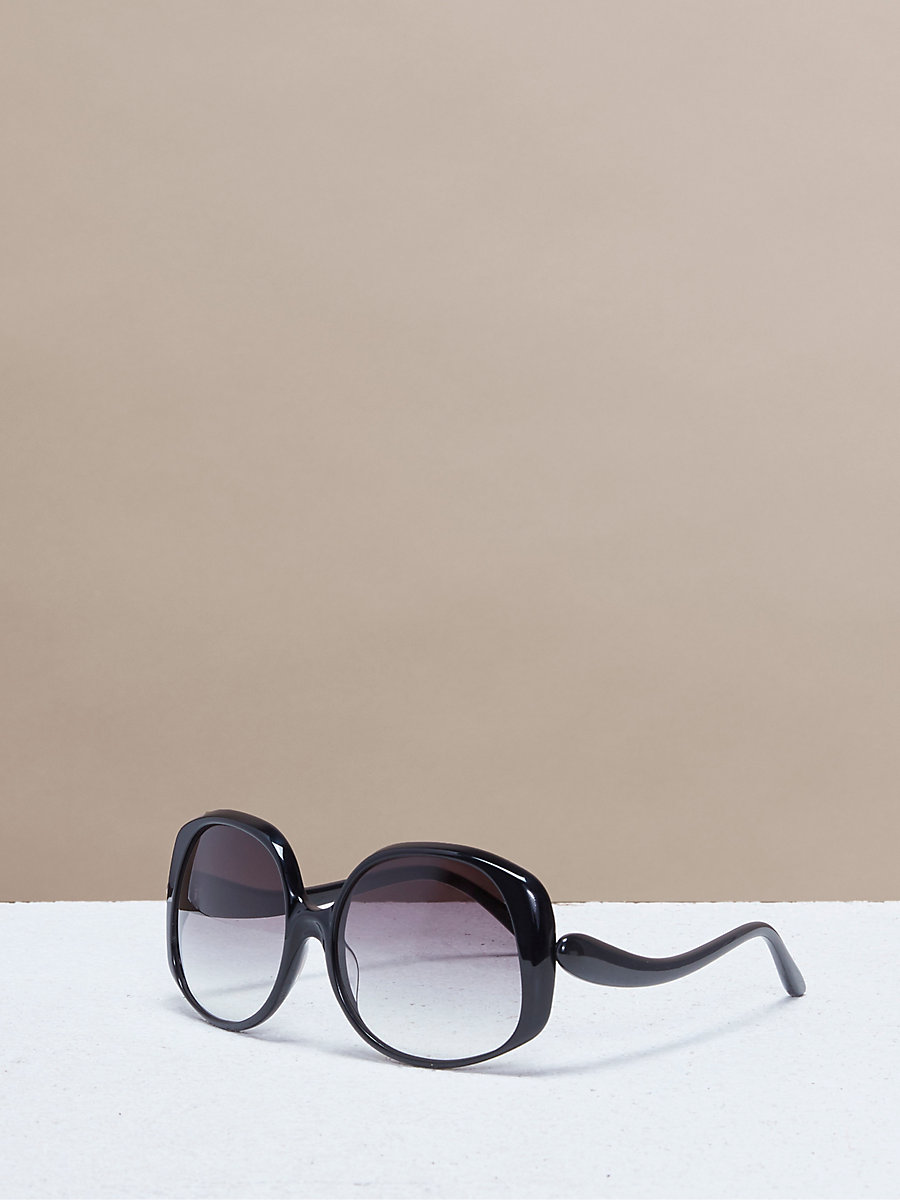 Gwen Sunglasses in Black by DVF
