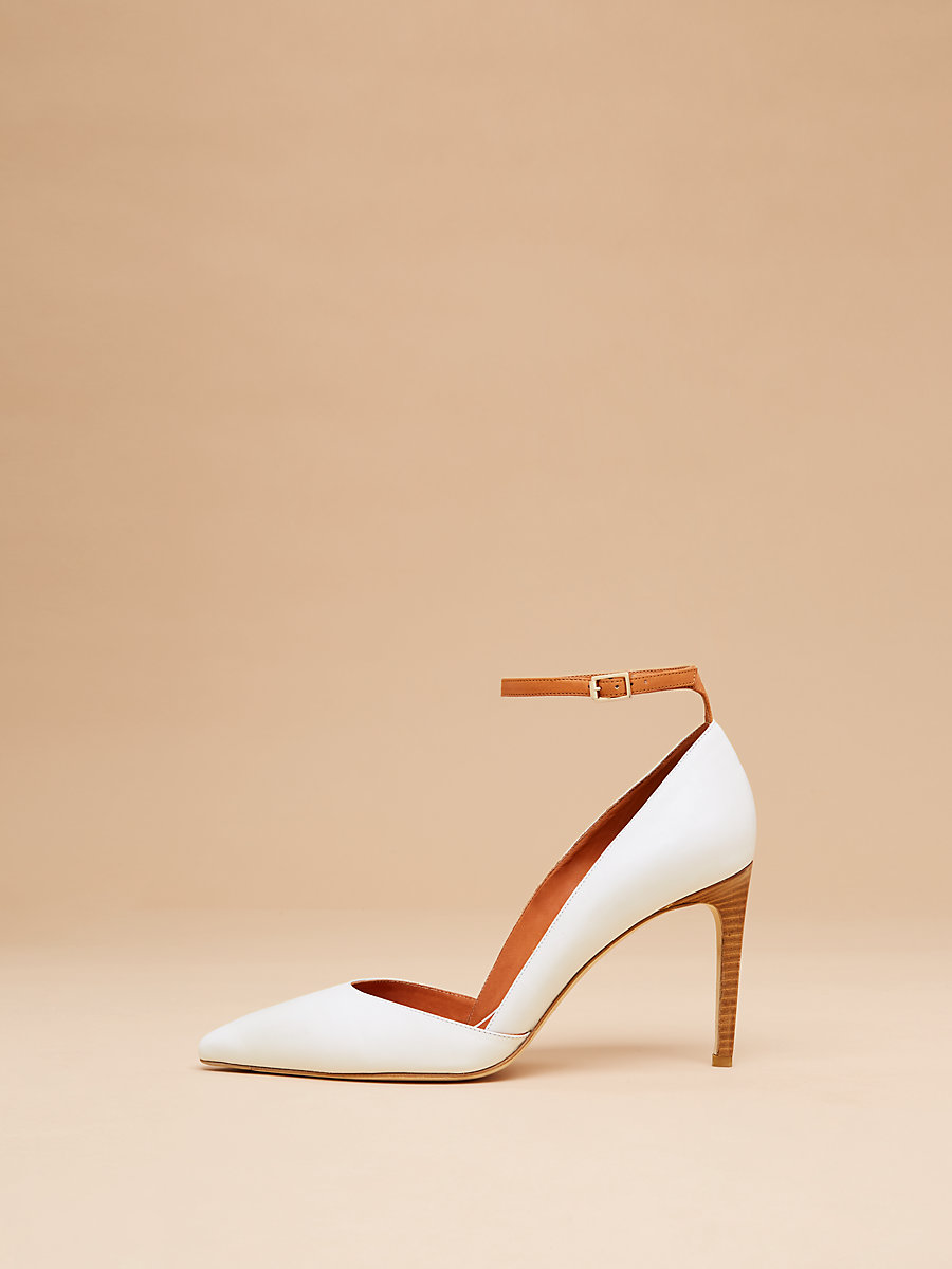 Laredo Pump in White by DVF