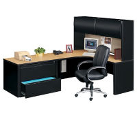 Corner Workstation with Left Hutch, D35182