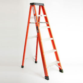 4'H Fiberglass Stepladder Extra Heavy Duty Type IA, V21702