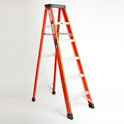6'H Fiberglass Stepladder Extra Heavy Duty Type IA, V21703