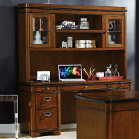 Credenza and Hutch Set, D30047