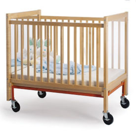 Infant Crib with Mirror End, P30242