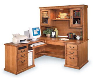 Wheat L-Desk with Left Return and Hutch, D30125