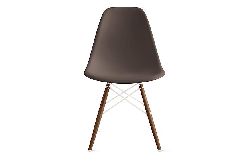 Eames® Molded Plastic Dowel-Leg Side Chair (DSW)