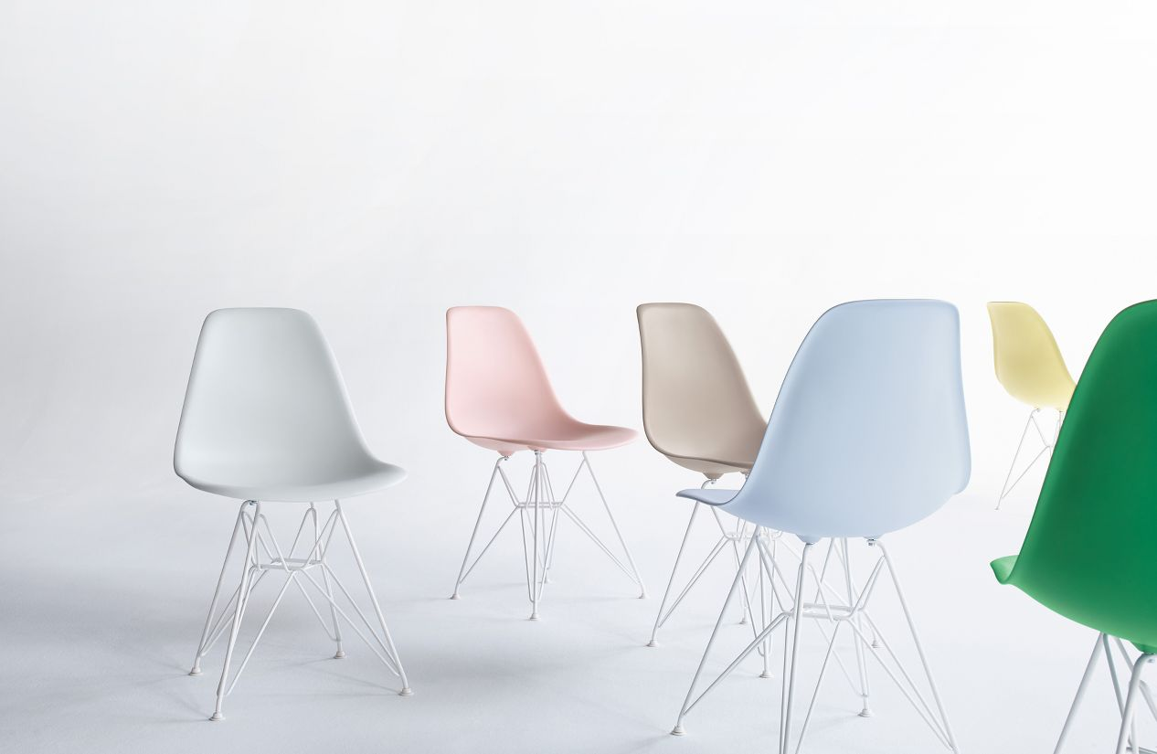 Eames chair white plastic - Eames Molded Plastic Wire Base Side Chair Dsr