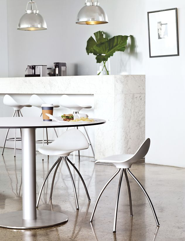 Onda Table Stool