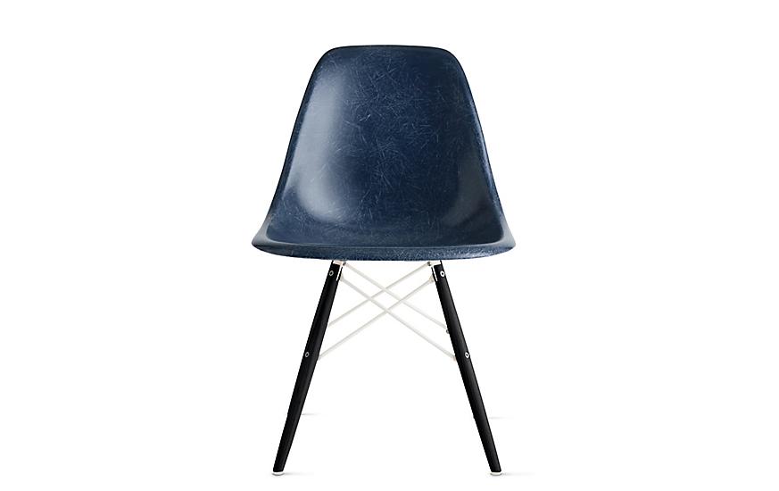 Eames® Molded Fiberglass Dowel-Leg Side Chair (DFSW)