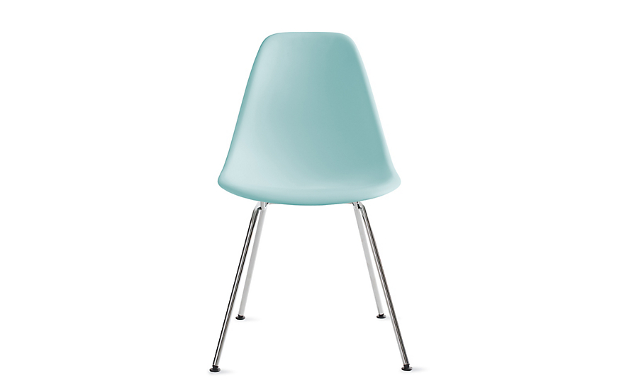 Genial Eames® Molded Plastic 4 Leg Side Chair (DSX)