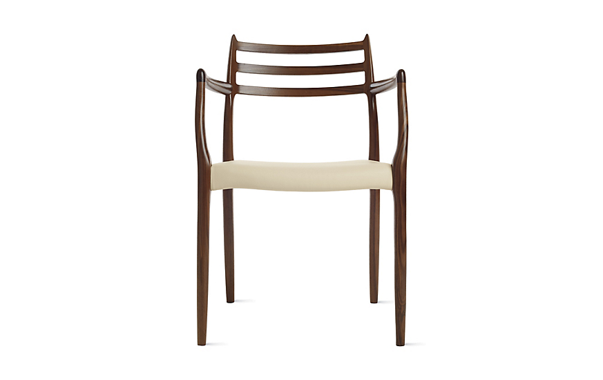 Elegant Møller Model 62 Armchair