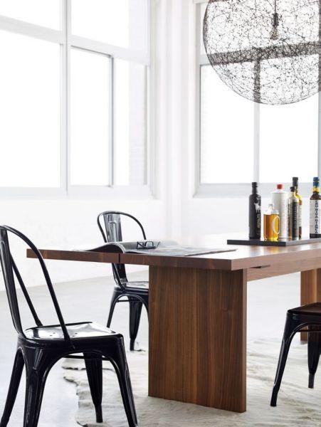 Delicieux Bowen Mountain Apartment Patio Decor Round Concrete Table ...