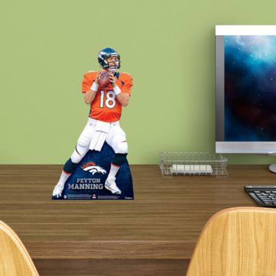 Peyton Manning Desktop Stand Out