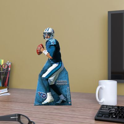 Marcus Mariota Desktop Stand Out