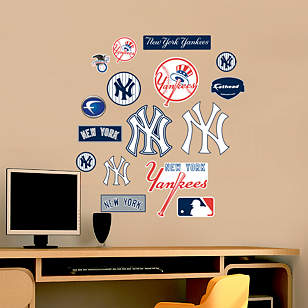 New York Yankees - Team Logo Assortment