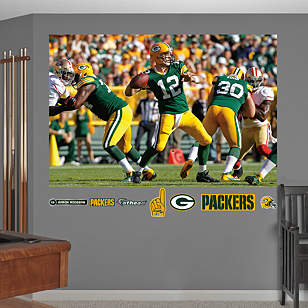 Aaron Rodgers Passing Mural