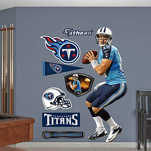 Jake Locker - Looking Down Field