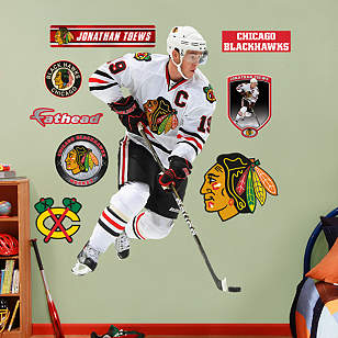 Jonathan Toews - No.19