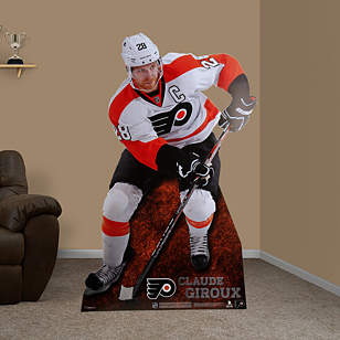 Claude Giroux Stand Out