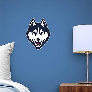 UConn Huskies Teammate Logo