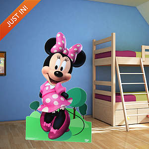 Minnie Mouse Stand Out