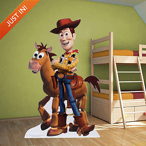 Woody Stand Out