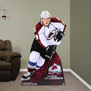 Nathan MacKinnon Stand Out