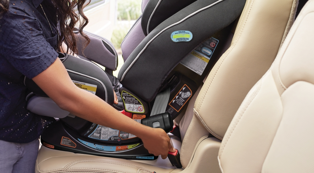 Parent Installing Graco® Car Seat with LATCH
