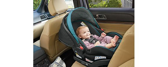 How To Keep Your Baby Happy In A Rear Facing Car Seat