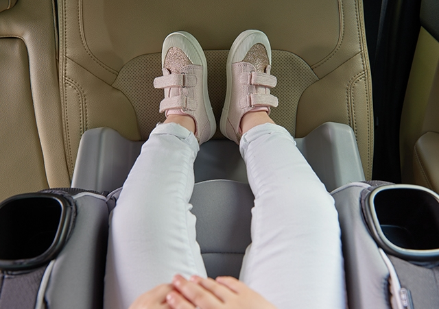 When To Switch Your Child To A Forward Facing Car Seat Graco